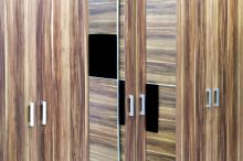 Oživte svou ložnici novými dveřními skříněmi